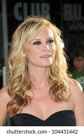 Bonnie Somerville at the Los Angeles Premiere of 'The Ugly Truth'. Cinerama Dome, Hollywood, CA. 07-16-09