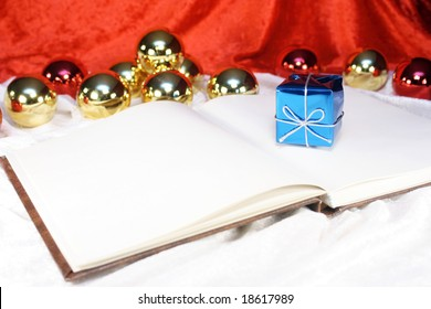 Book for writing Christmas messages or other notes