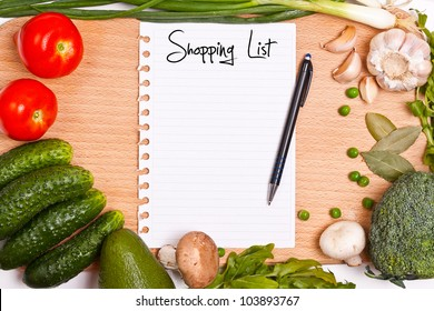 Booklet page with shopping list in the cutting board