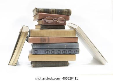 books shaped owl bird