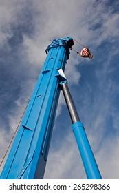 boom truck crane with hanging hook