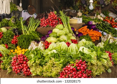 Vegetable Stall Images, Stock Photos & Vectors | Shutterstock