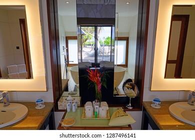Imagenes Fotos De Stock Y Vectores Sobre Bora Resort
