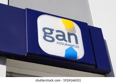 Bordeaux , Aquitaine France - 02 20 2021 : Gan insurance sign logo and text brand on agency wall office