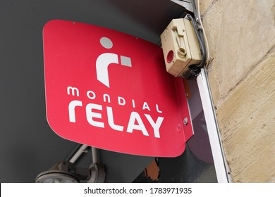 Bordeaux , Aquitaine / France - 07 22 2020 : relay logo sign and text on wall shop delivery by Mondial Relay