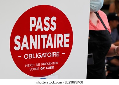 Bordeaux , Aquitaine France - 08 10 2021 : European sanitary pass in france sanitaire pass with QR code compulsory to access the premises with public panel in french text