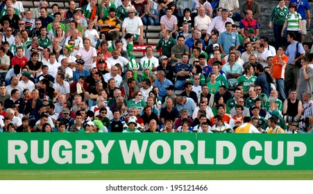 BORDEAUX, FRANCE-SEPTEMBER 09, 2007: rugby fans watching the match Ireland vs Namibia, of the Rugby World Cup, France 2007, in Bordeaux.