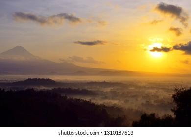 Borobudur nirvana sunrise form Punthuk Setumbu, Magelang.