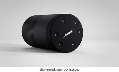 Bose Soundlink Revolve -black - total -laid-centered