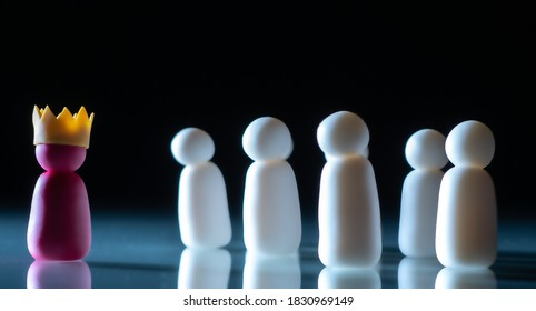 Boss and subordinates. Atmosphere in collective. Little men symbolize the boss and his subordinates. The boss gives instructions to subordinates. The concept of official distribution of powers.