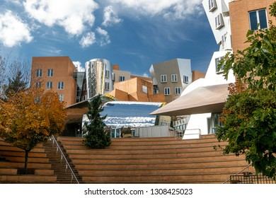 Boston, 10/28/2017: The Stata Center at the Massachusetts Institute of Technology (MIT) , a landmark аcademic complex designed by architect Frank Gehry.