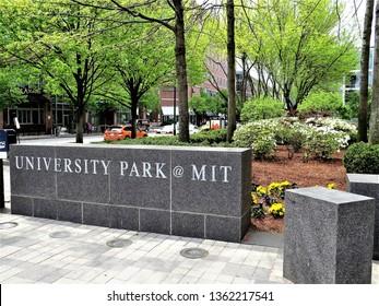 BOSTON, MA - CIRCA MAY, 2016: University  Park at MIT sign