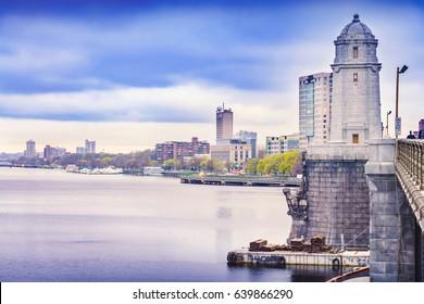 Boston skyline, Charles River and Longfellow Bridge, located in Boston, Massachusetts, USA.