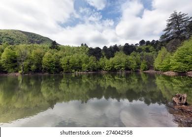 Bottomless Lake Yalova
