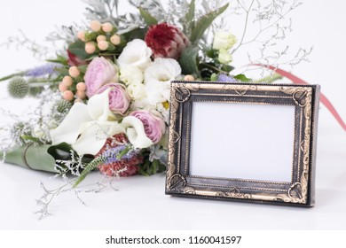 Bouquet and Photoframe