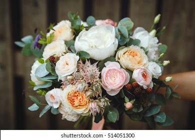 bouquet, wedding, bride, background, isolated, white, beautiful, flowers, floral, green, dress, rose, rustic, nature, beauty, woman, girl, decoration, flower, happy, celebration,