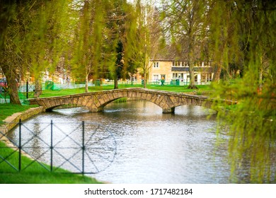 Bourton on the Water, a village and civil parish in Gloucestershire lies on a wide flat vale within the Cotswolds Area of Outstanding Natural Beauty (AONB), England, UK