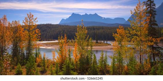 Bow river Panorama, Banff Alberta Canada