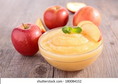 bowl of apple sauce