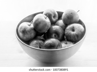 bowl with apples b/w