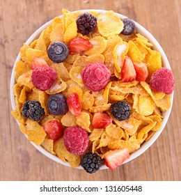 bowl of cornflakes and berries