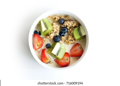 Bowl of Granola with fresh fruits