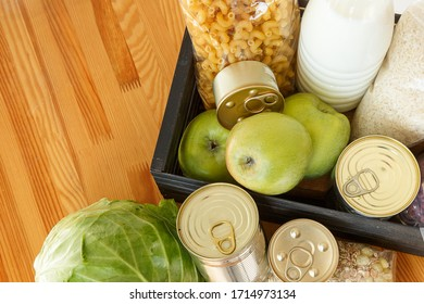 A box with a basic set of food items.