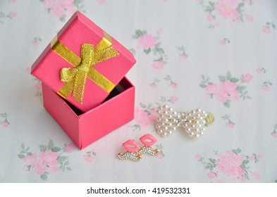 box jewelry color earrings gift background earring fashion set vintage