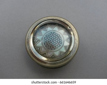 box made of metal with Middle East decoration