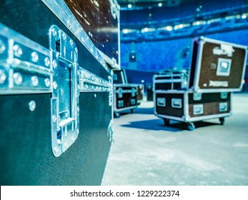 Boxes on wheels. Transportation equipment. Organization of the show. Concert equipment.