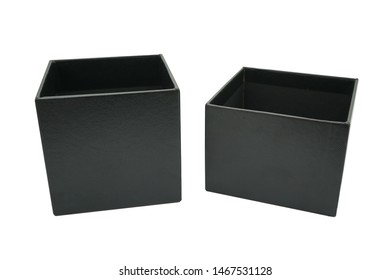 Boxes for storing small pieces, such as wires, tape or rope, to be organized Choose the color you like Will be used according to the format provided Or redesign by using creativity