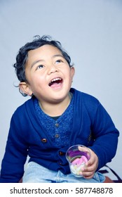 Boy eating lolly