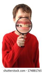 boy magnify teeth