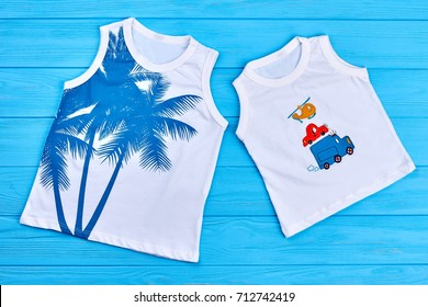95c90006083 Boys and girls trendy t-shirts. Organic printed kids t-shirts