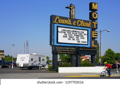 BOZEMAN, MT -7 SEP 2018- View of the old-fashioned Lewis and Clark Motel located in historic downtown Bozeman, Montana, home to the campus of Montana State University (MSU).