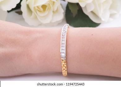 bracelet with diamond