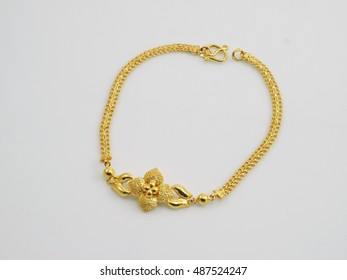 bracelet yellow gold with flower pandant