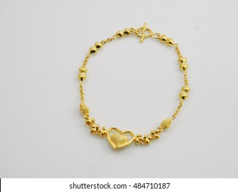 bracelet yellow gold with heart pendant