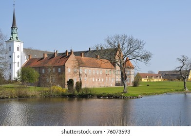 Brahetrolleborg is a castle about 10 kim north-west of Faaborg on the island of Funen, near the present Korinth build in 1172. Before the Reformation it was Holme Abbey, a Cistercian monastery.