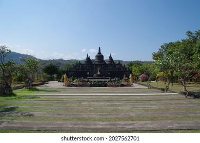 Brahma Vihara Arama in Banjar