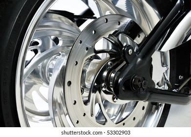 Brake disk, wheel and tyre of a motorcycle