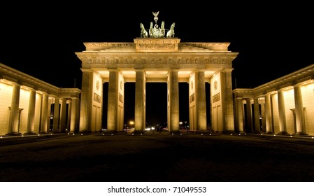 BRANDENBURG GATE, Berlin, Germany.