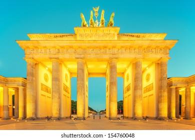 Brandenburger Tor (Brandenburg Gate) , famous landmark in Berlin Germany at night
