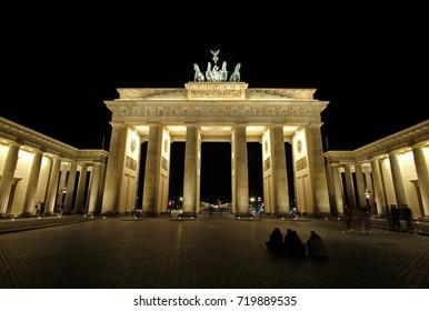 Brandenburger Tor at deep night. Berlin, Germany