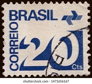 Brasil 1972: Post Stamp Brazil  Numeral and P.T.T. Symbol , circa 1972
