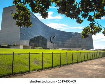 Brasilia, Federal District - Brazil. Feb, 27, 2016. Photo showing the front of the TST ( Tribunal Superior do Trabalho ) building in Brasilia - Brazil.