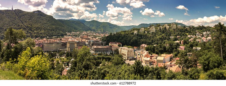 Brasov city landscape with the mountain and buildings