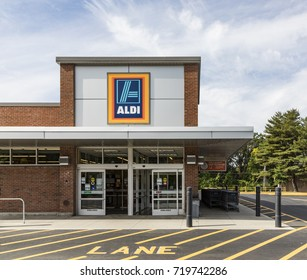 BRATTLEBORO, USA - SEP 21, 2017: shop of the grocery store Aldi in Brattleboro. The german grocery company hast meanwhile nearly 2000 shops in america and is expanding.