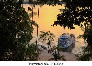 Brazil Manaus Amazonas boat sunset B