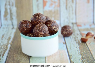 Brazil nut chocolate energy balls